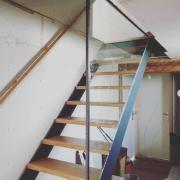 Escalier sur mesure acier chene oise paroi vitree